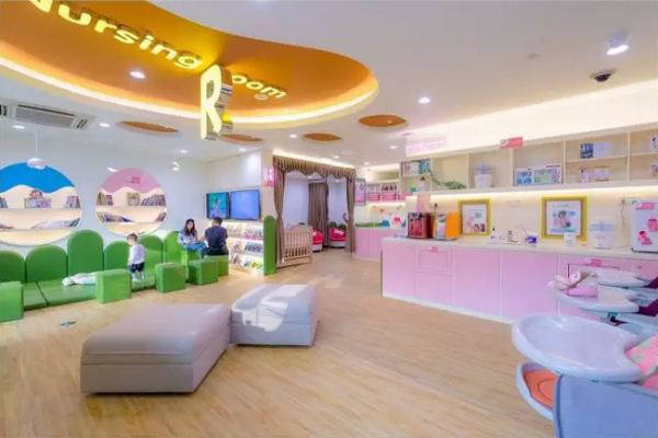 Guangzhou to build over 800 baby-care rooms by 2019
