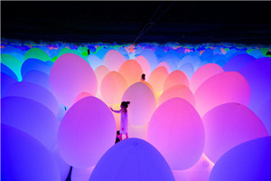 The Ritz-Carlton, Guangzhou presents Ultimate Art Getaway to a Teamlab Wonderland