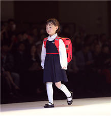 Child models catwalk in 2017 Guangdong Fashion Week