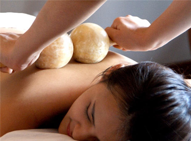 7_水疗_配图_矿石理肌按摩疗程 Press Release_Stone Stick Body Treatment @ O Spa.jpg